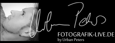 Fotogrtafik Live by Urban Peters
